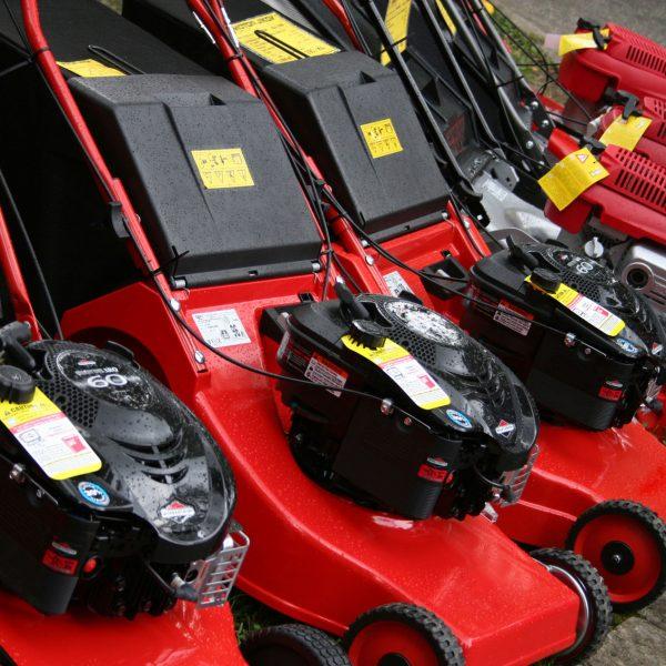 lawn-mowers-1151078
